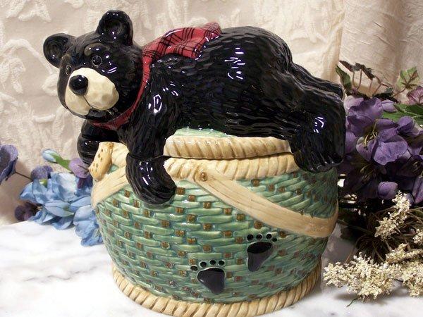 "Cookie Jar ""Bearfootin"""
