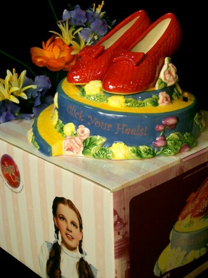 Wizard Of Oz - Dorothy's Red Slippers Bank