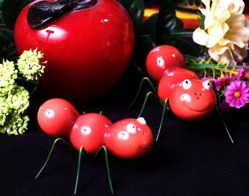 "Enesco ""Home Grown"" ANTS Salt & Pepper Shakers"