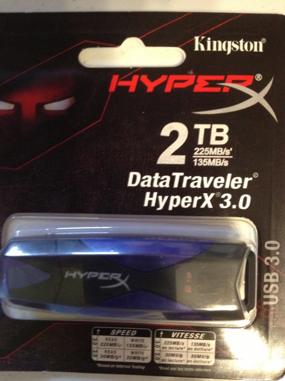 2 TB Data Traveler flash memory USB 3.0