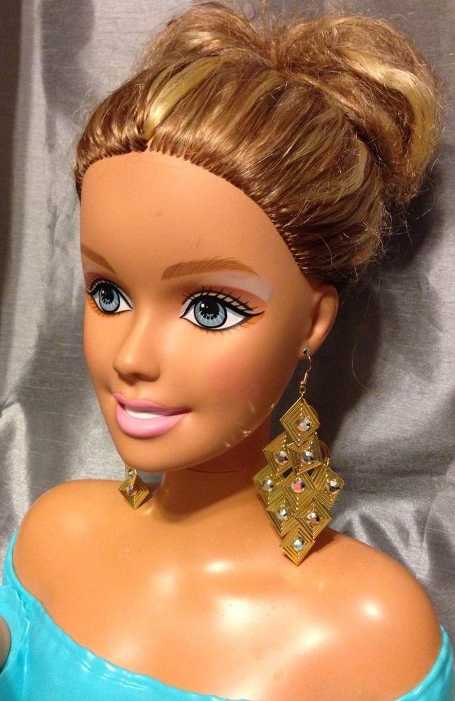 Gold Tone Thin Metal  Chandelier Drop/ Dangle Lightweight Earrings  Hook