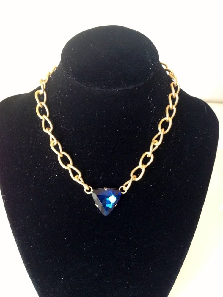 Elegant Simple Stylish Gold Tone Chain With A Blue Charm  Necklace