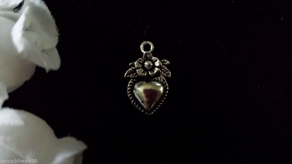 12pcs Tibetan Silver Metal Alloy Charm Charms Pendant Flower on Heart 19x11mm