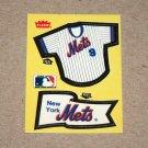 1985 FLEER BASEBALL - New York Mets Team Jersey & Flag Yellow Sticker Card