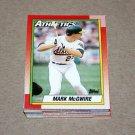 1990 TOPPS BASEBALL - Oakland Athletics Team Set + Traded Series