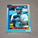 1990 TOPPS BASEBALL - Seattle Mariners Team Set + Traded Series