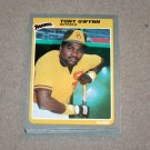 1985 FLEER BASEBALL - San Diego Padres Team Set