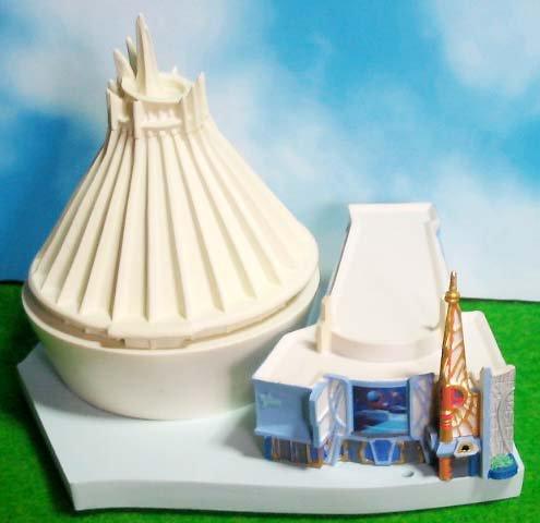 US Disneyland Star Tours & Space MountainTomorrowland Miniature Diorama Figures