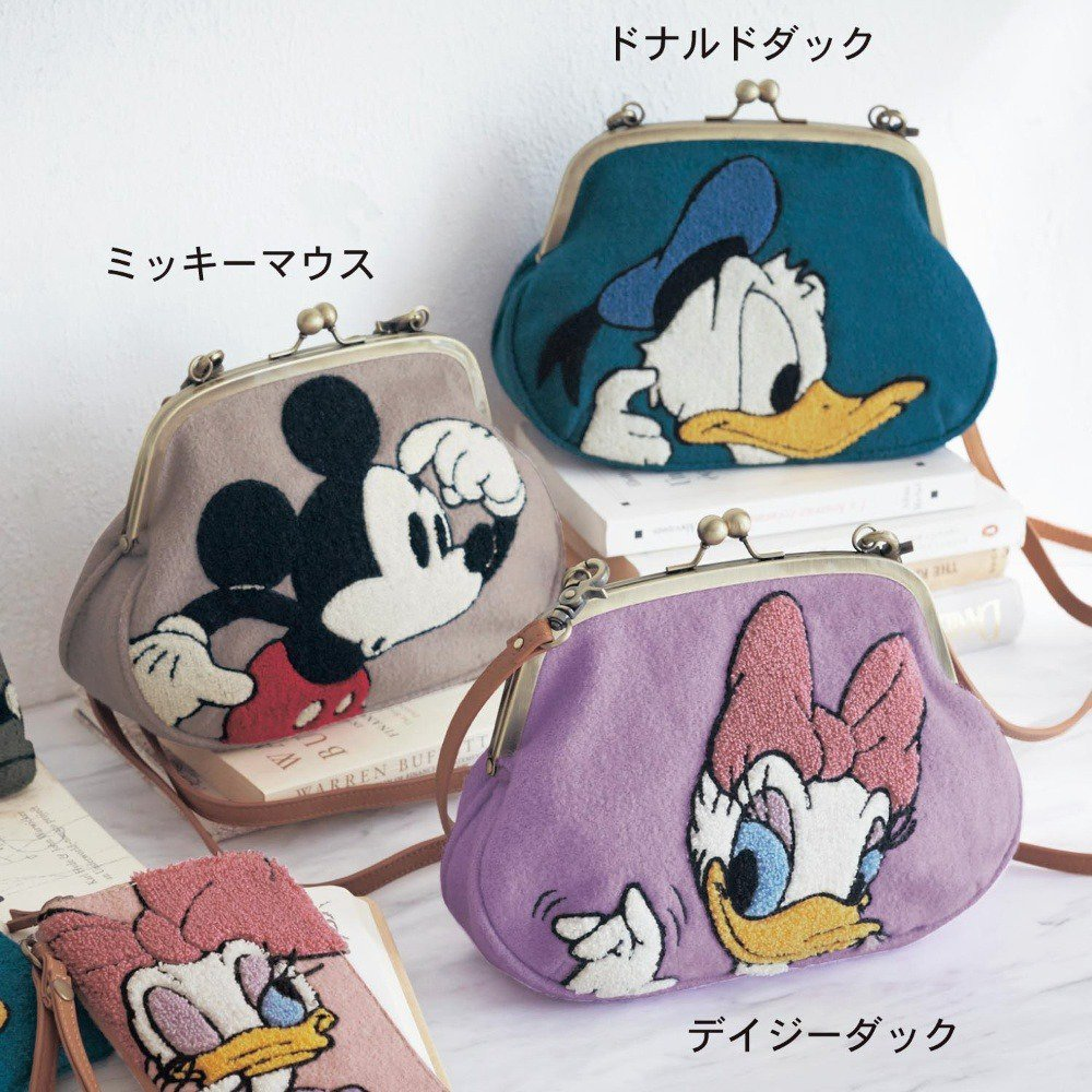 �Sagara embroidery shoulder bag Donald Mickey Daisy Chip $ Dale Pooh case FS�