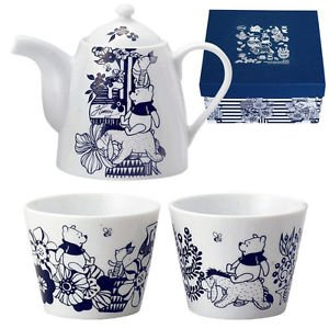 Disney Winnie the Pooh Pair Tea Pot set Made In JAPAN OK Microwave, Dishwasher