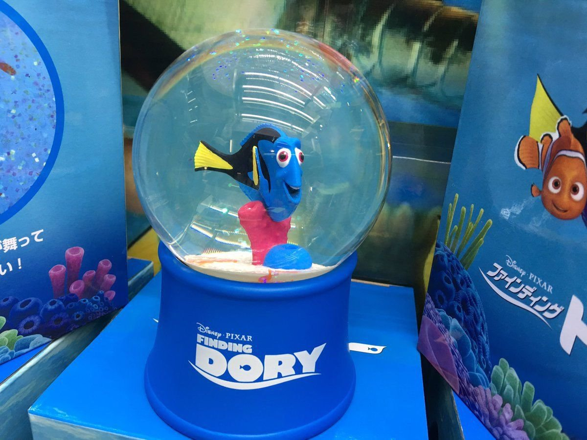 Disney PIXAR finding Dory Premium water glove dome figure Ornament Japan