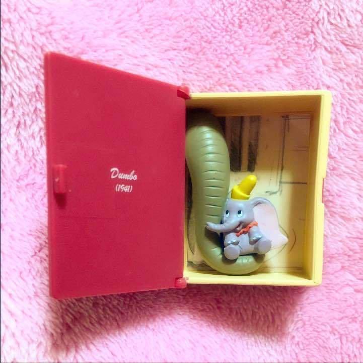 Disney art exhibition Tokyo limited dumbo figure ornament capsule toy KIds