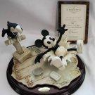 Disney Mickey steamship Willie Armani World Limited 1000 figures Ornament Doll