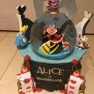 Disney Alice in Wonderland Snow globe The Queen of Hearts Music box dome figure
