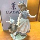 Rare Lladro Alice in Wonderland Alice & Rabbit 5740 Pottery Figure OrnamentDoll
