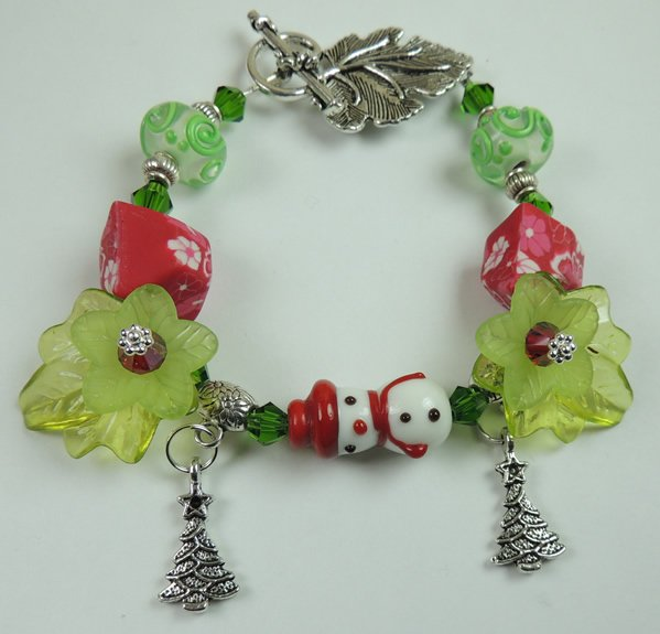 Womans New  White and Red Holiday Snowman Lampwork Bracelet