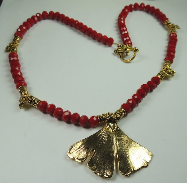 New Womans Holiday Red Crystal Necklace with Real Gold Plated Leaf