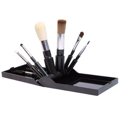 Makeover Essentials Brush Fan Compact Set 26533