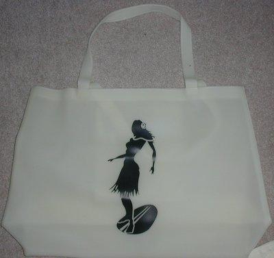 handbagbargains:White Jelly Tote Beach Bag Hula Girl Print