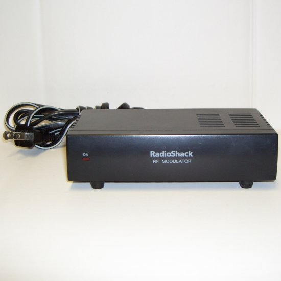 Radio Shack 15-1244 Audio / Video to RF Modulator