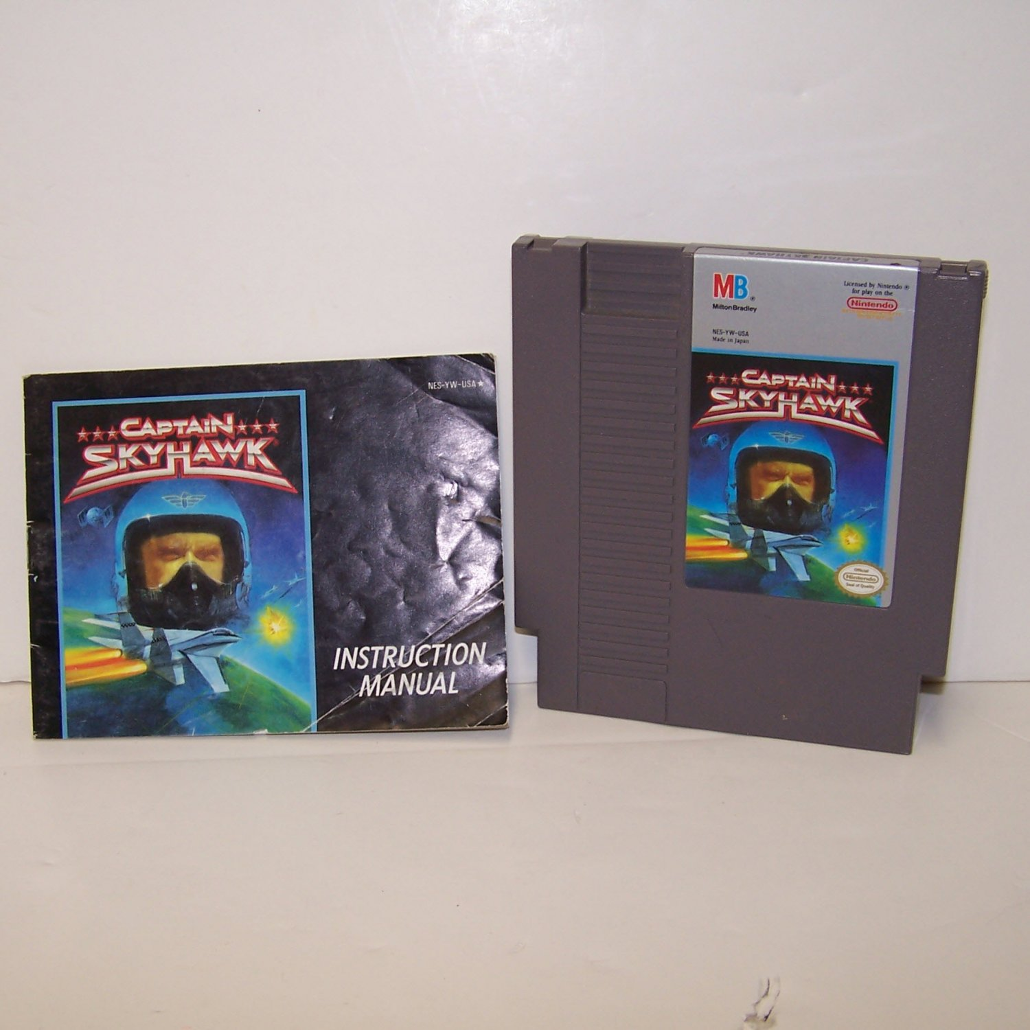 Captain Skyhawk Original 8-bit Nintendo NES Game Cartridge plus instructions with dust cover