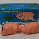 Little Magneto Magnetic Kissing Pigs Made in West Germany 1970's in original box