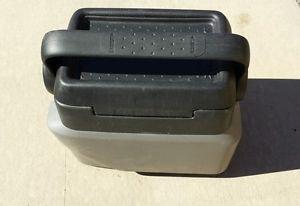 01 02 03 04 05 Pontiac Aztek OEM Center Console Cooler Armrest Arm Rest Grey