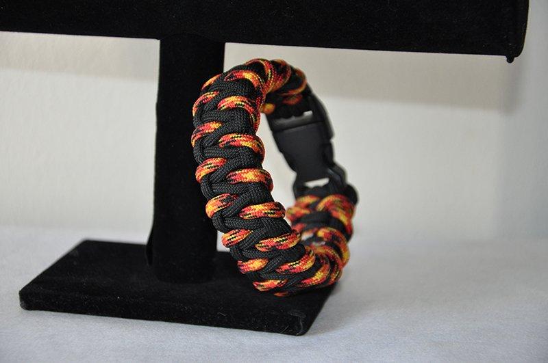 """Lava """"Modified Caged Solomon"""" Paracord Bracelet"""