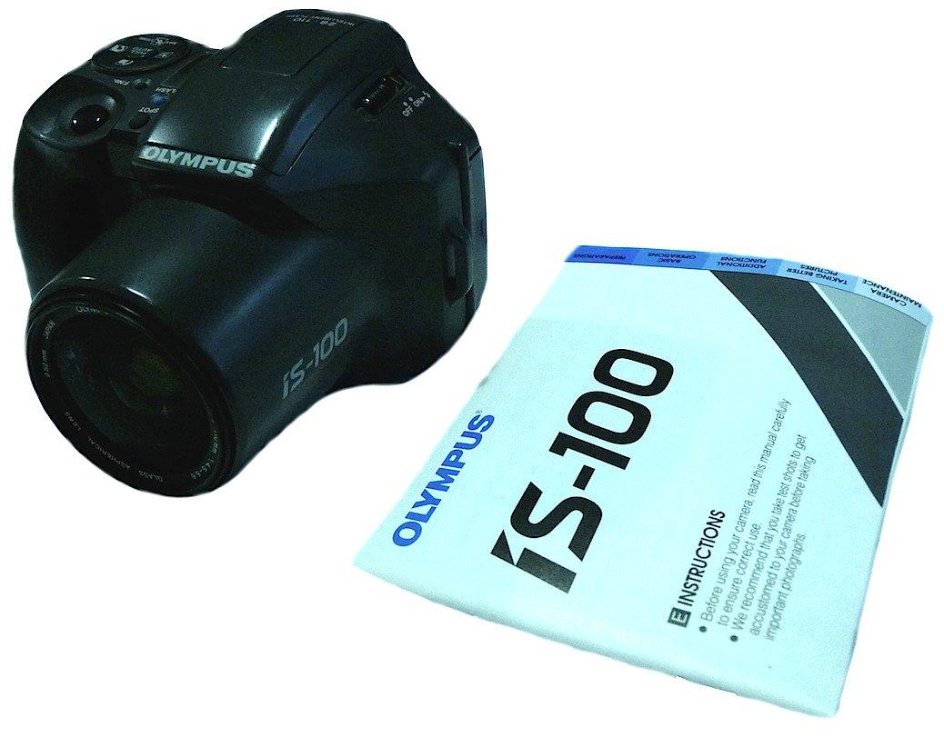 OLYMPUS IS-100 35MM FILM SLR CAMERA 28-110MM ZOOM JAPAN