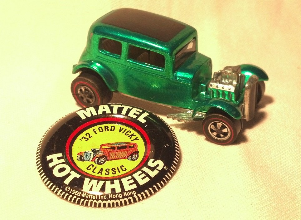 Hot Wheels 1969 Vintage Classic '32 Ford Vicky Car, Spectraflame Green, with Metal Button