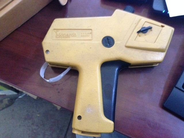 Monarch 1110 Price Gun Retail Label Labeling Dispenser One Line Great Condition