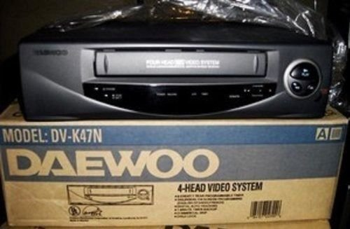 Daewoo DVK47N VCR Video Player Recorder VHS TV Tuner Record Shows Cable Satellit
