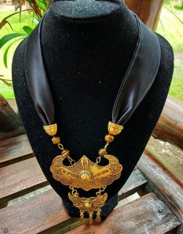 Gorgerious antique Necklace