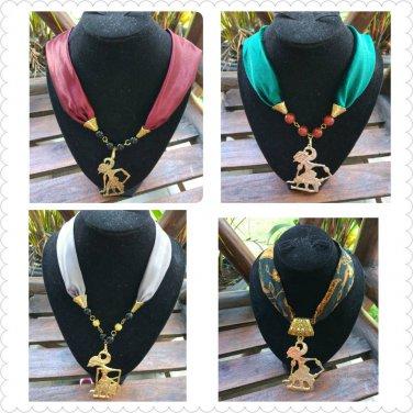 4 Exclusive necklace