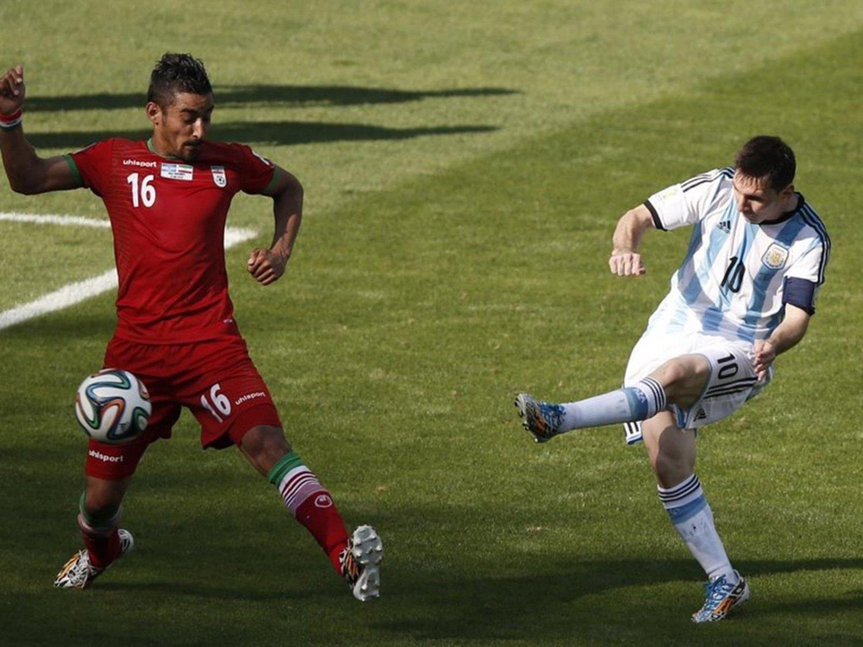 WC 0118 - 8 X 6 Photo - Football - FIFA World Cup 2014 - Argentina V Iran - Messi Scores