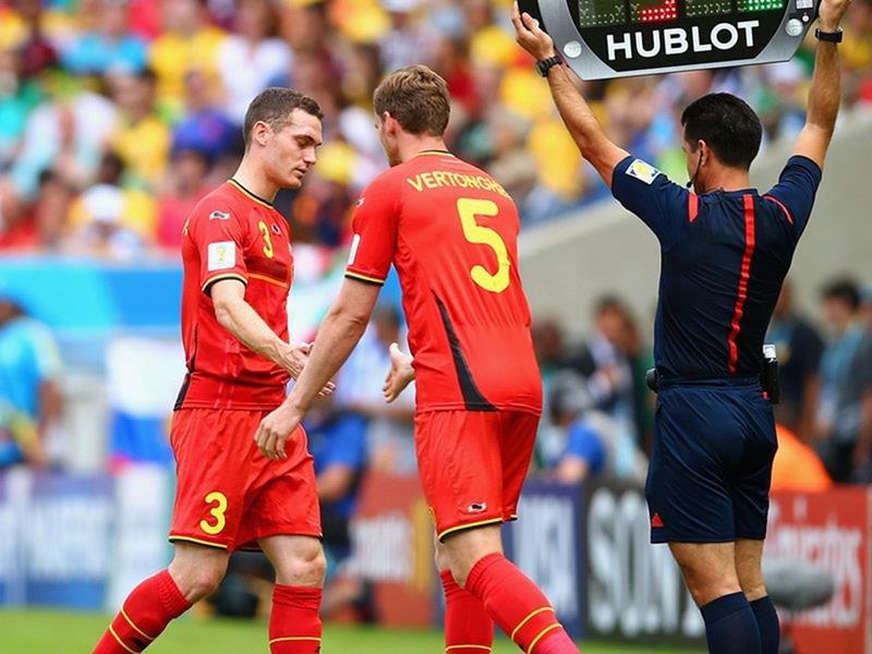 WC 0129 - 8 X 6 Photo - Football - FIFA World Cup 2014 - Belgium V Russia -  Thomas Vermaelen