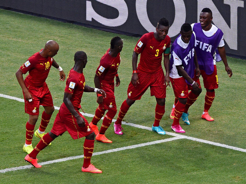 WC 0172 - 8 X 6 Photo - Football - FIFA World Cup 2014 - Germany V Ghana - Asamoah Gyan Celebration
