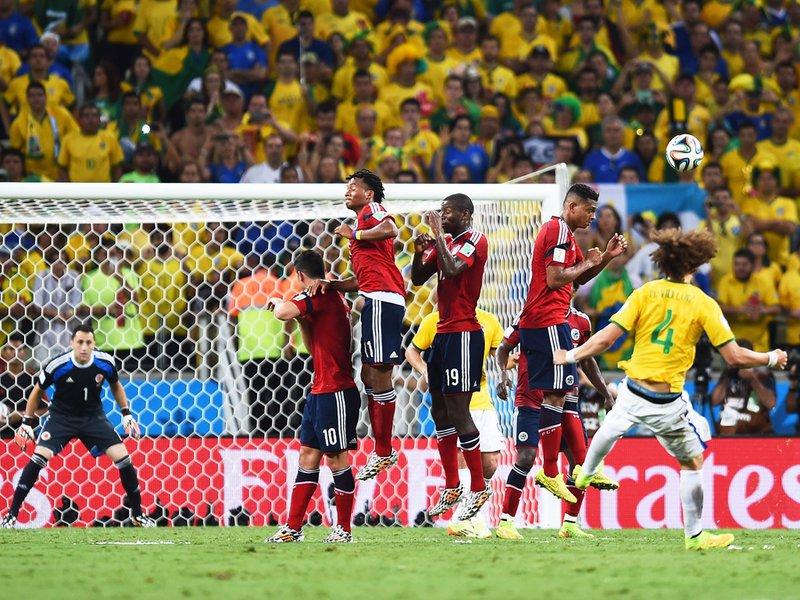 554 - 8 X 6 Photo - Football - FIFA World Cup 2014 - Brazil V Colombia - David Luiz Scores