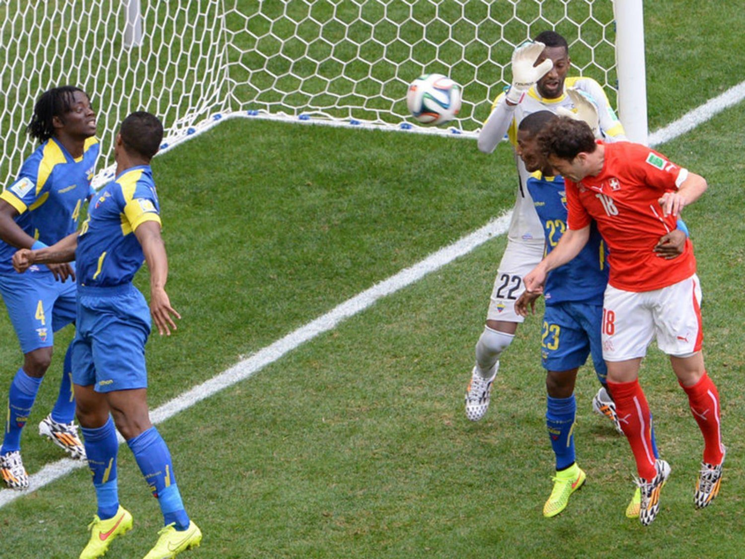 315 - 8 X 6 Photo - Football - FIFA World Cup 2014 - Switzerland V Ecuador - Admir  Mehmedi Scores