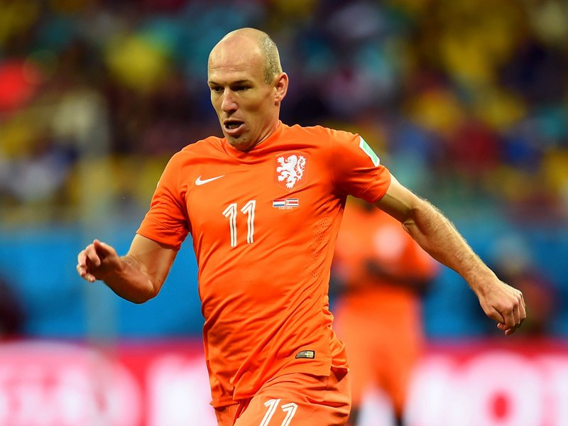 568 - 8 X 6 Photo - Football - FIFA World Cup 2014 - Holland V Costa Rica - Arjen Robben