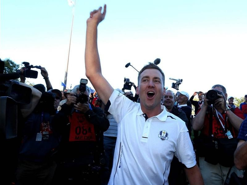 019 - 8 X 6 Photo - Ryder Cup 2012 - Ian Poulter Europe Celebrations