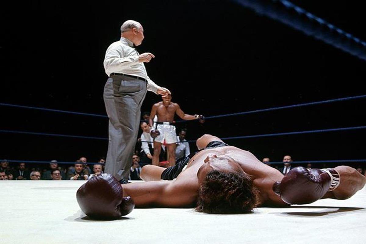 016 - 12 X 8 Photo - Boxing - Classic Muhammad Ali -   Muhammad Ali Cleveland Williams