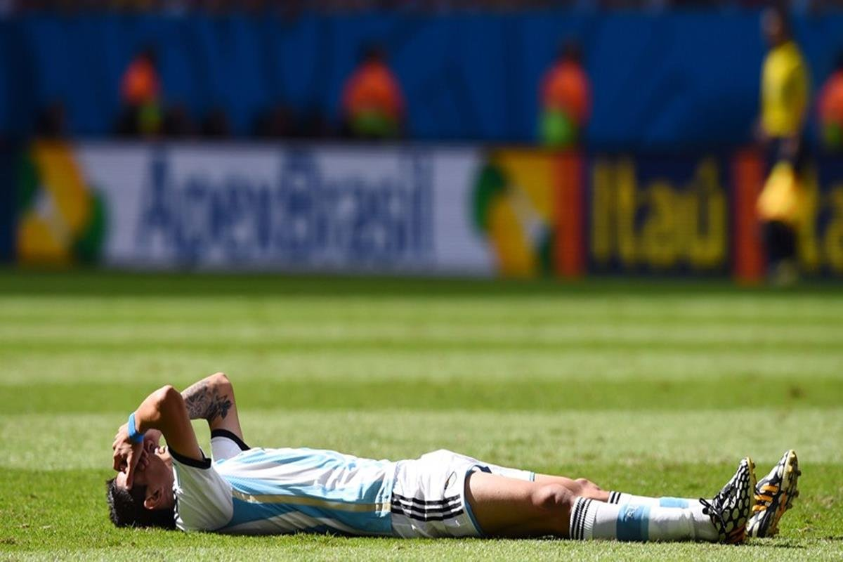 044 - 12 x 8 - 2014 World Cup Finalists - Argentina