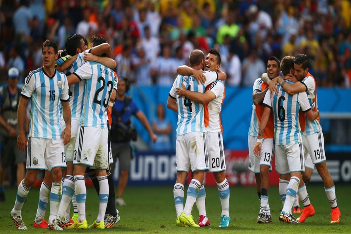 075 - 12 x 8 - 2014 World Cup Finalists - Argentina