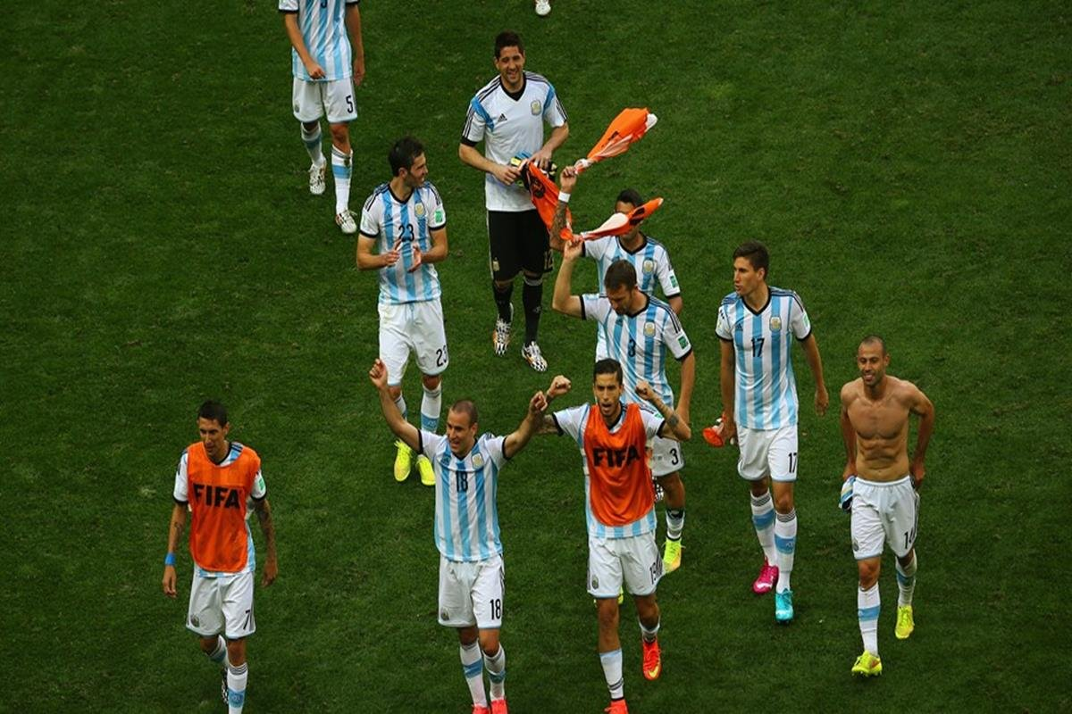 083 - 12 x 8 - 2014 World Cup Finalists - Argentina