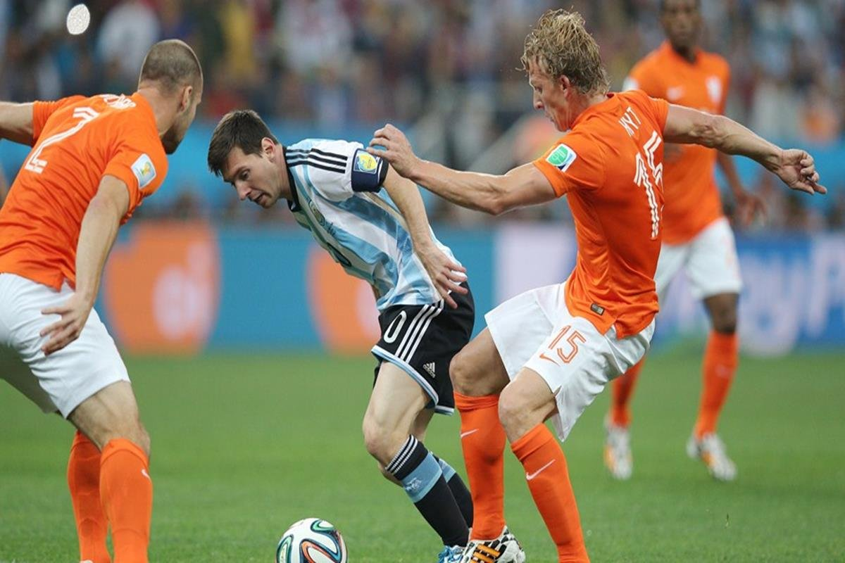 097 - 12 x 8 - 2014 World Cup Finalists - Argentina