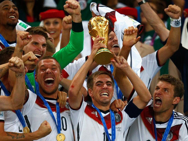 15 x 10 Photo - Football - FIFA World Cup 2014 WINNERS - GERMANY