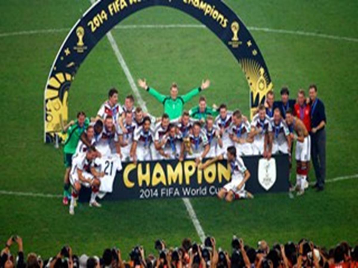 15 - 40 x 30 Photo - Football - FIFA World Cup 2014 WINNERS - GERMANY