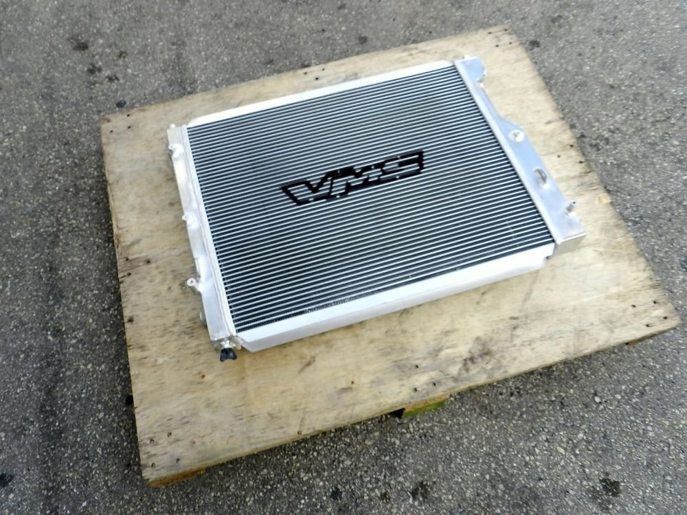 97-04 FORD MUSTANG M/T V8 3 ROW ALUMINUM RACING RADIATOR WITH/ 1.3KG CAP