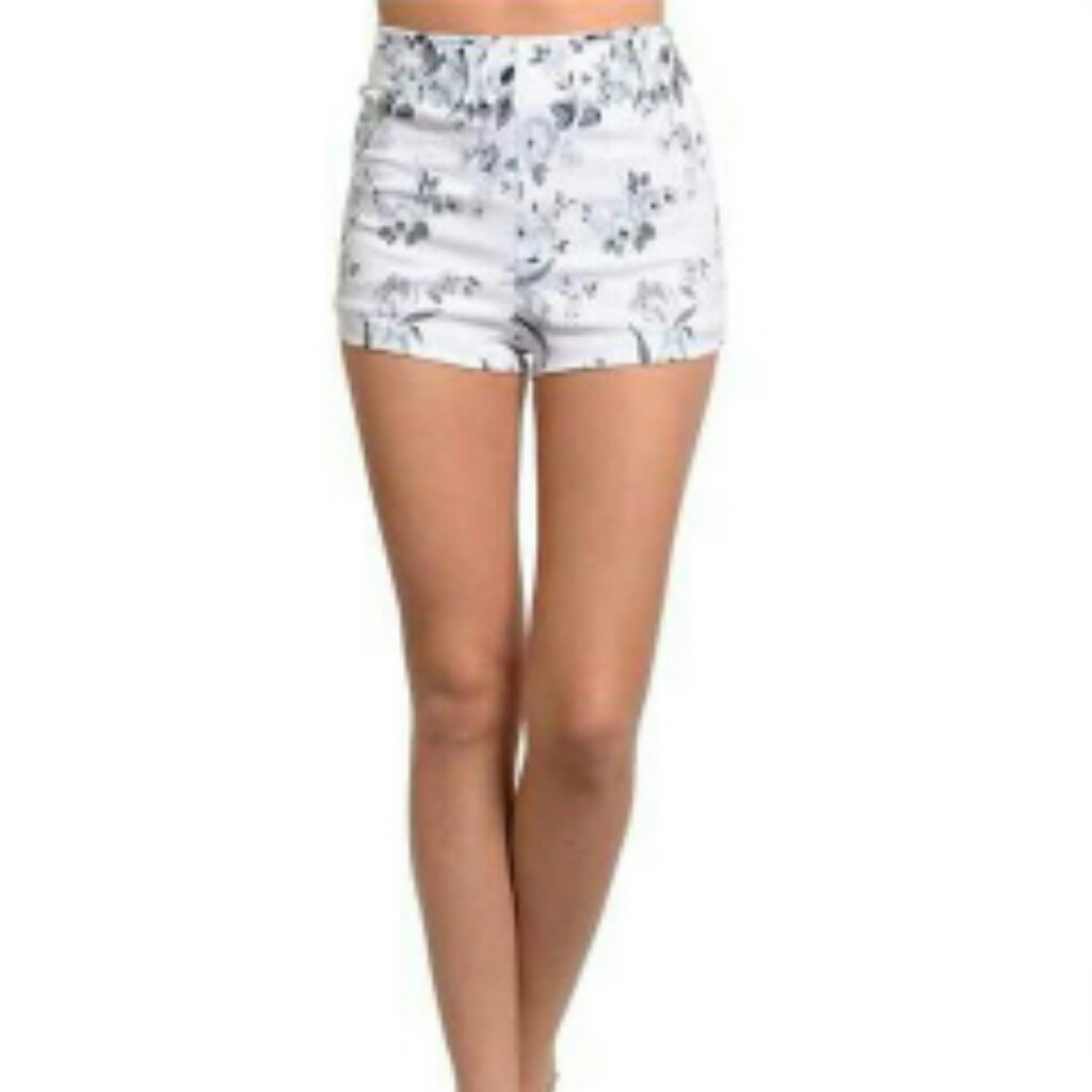 Highwaisted floral shorts S M L